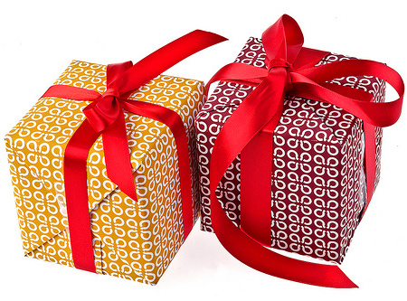 Tips for Sending Gifts in China | Flowers Blog