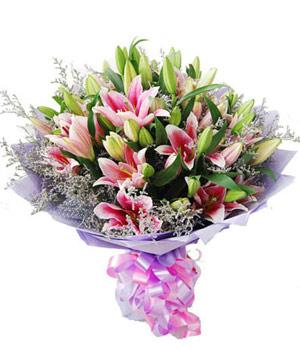 6 pink lilies bouquet