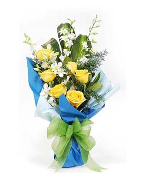 6 yellow roses with green leaves